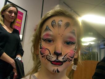 Spectacle de no l maquillages pour enfants noel en chocolat - Maquillage diablesse fillette ...